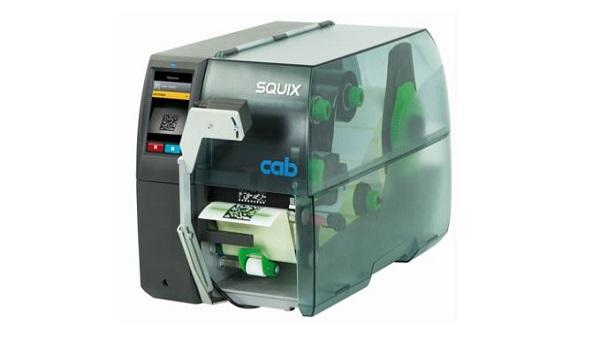 CC200-SQ viivakoodiskanneri tarkistaa tulostettujen viivakoodien ja QR-koodien laadun