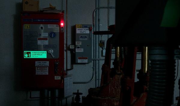 Pimeässä hohtavat tulostettavat tarranauhat